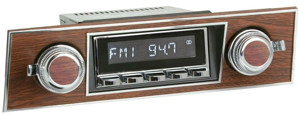 1967-68 Camaro Radio with Walnut Bezel